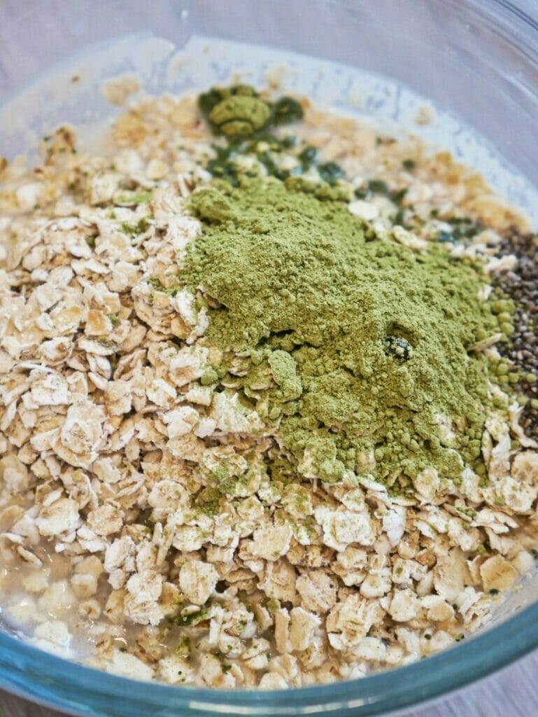 oatmeal matcha and chia seeds in a bowl