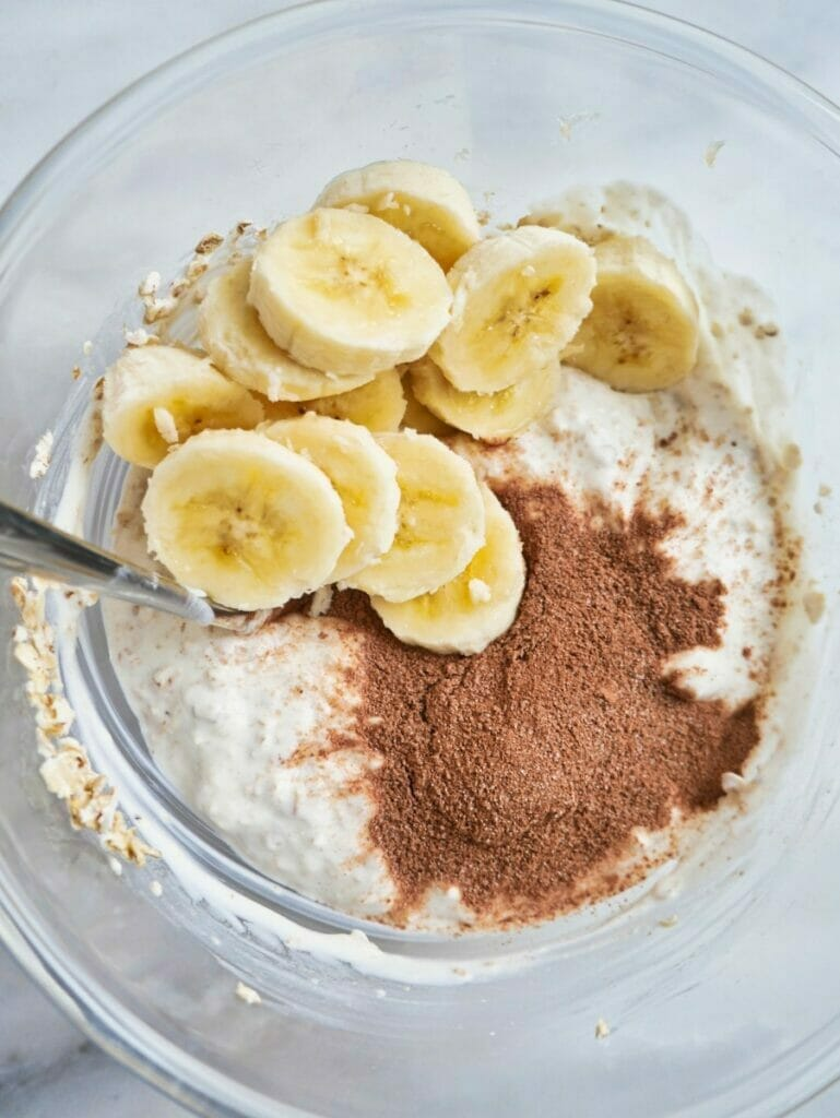 cocoa and banana overnight oats