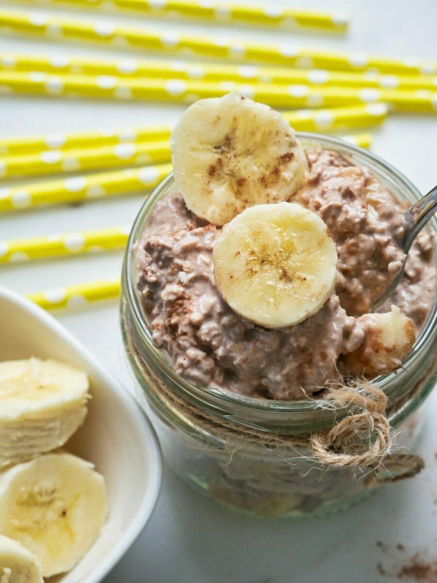 Best Ever Cocoa & Banana Overnight Oats via @nofusskitchen